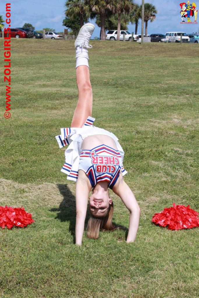 ZoliGirl-Cheerleader-3