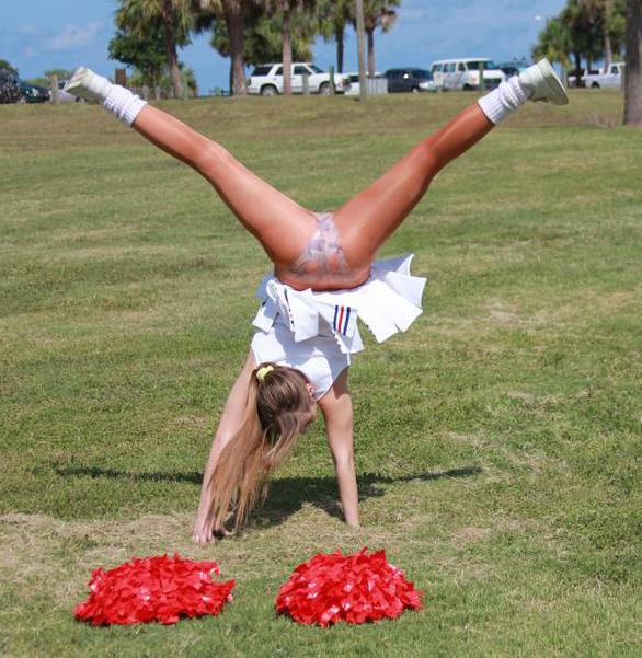ZoliGirl-Cheerleader-5