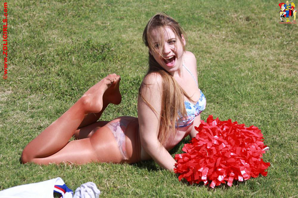 ZoliGirl-Cheerleader-9